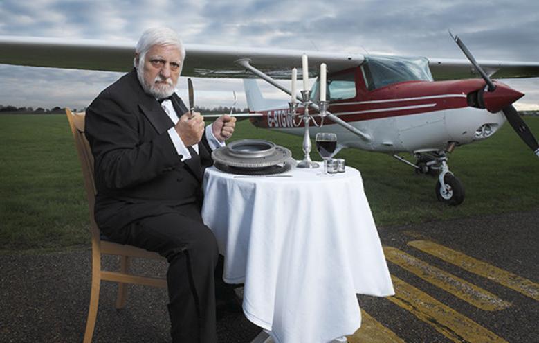 عجیبترین رکوردهای گینس/ خوردن هواپیما در طول دو سال! (+عکس)