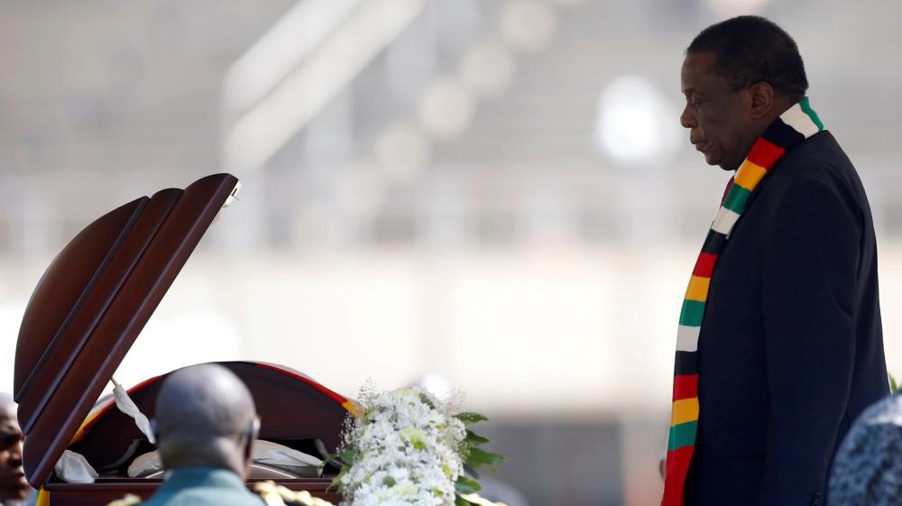تشیع موگابه در استادیوم تقریبا خالی/  واکنش مردم زیمباوه به مرگ یک رئیس جمهور