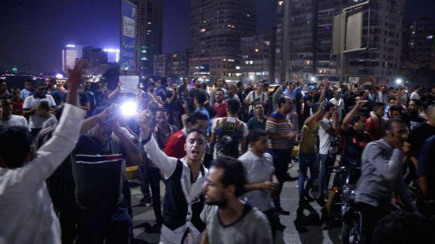 تظاهرات علیه سیسی رئیس جمهوری مصر/ تعدادی بازداشت شدند