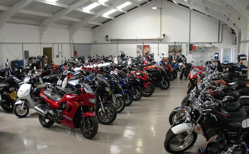 عضو هیئت مدیره انجمن تولیدکنندگان موتورسیکلت: واحد تولیدی موتورسیکلت با ظرفیت کمتر از 50 درصد کار می کند/ قیمت موتور سیکلت هم اکنون از 9.5 میلیون تا 150 میلیون تومان متغیر است (+جزئیات)