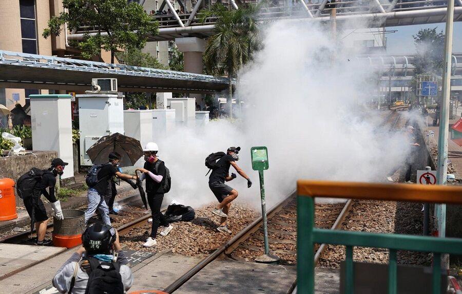 بازداشت 3 رهبر استقلال طلب هنگ کنگ