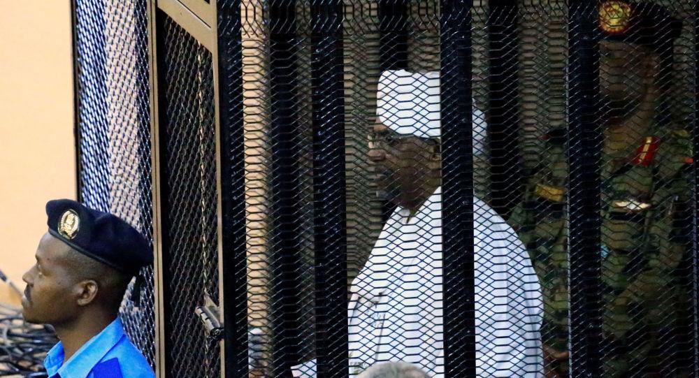 اعتراف عمرالبشیر به دریافت 25 میلیون یورو از ولیعهد عربستان
