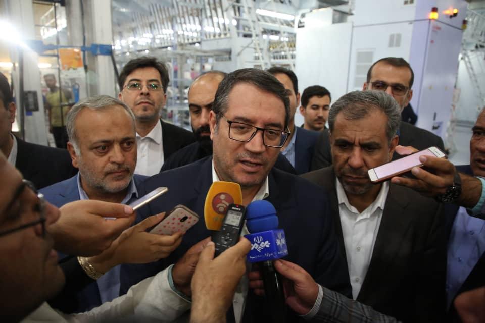وزیر صمت: خودکفایی در تولید چادر مشکی تا 3 سال آینده