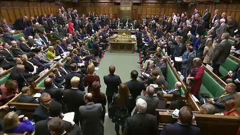 بحران برگزیت و برگزاری نشست فوقالعاده پارلمان