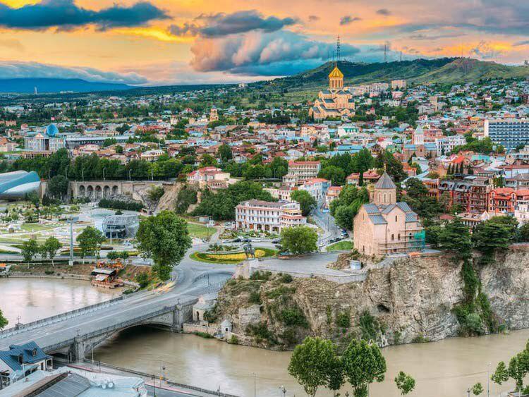 بهترین راه های اخذ اقامت گرجستان
