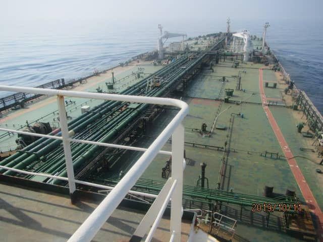 انفجار نفتکش ایرانی دریای سرخ/ احتمال حمله موشکی/ نفتکش آتش نگرفته است