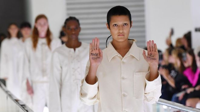 اعتراض یک مدل گوچی به طراحی لباس: سلامت روانی مد نیست