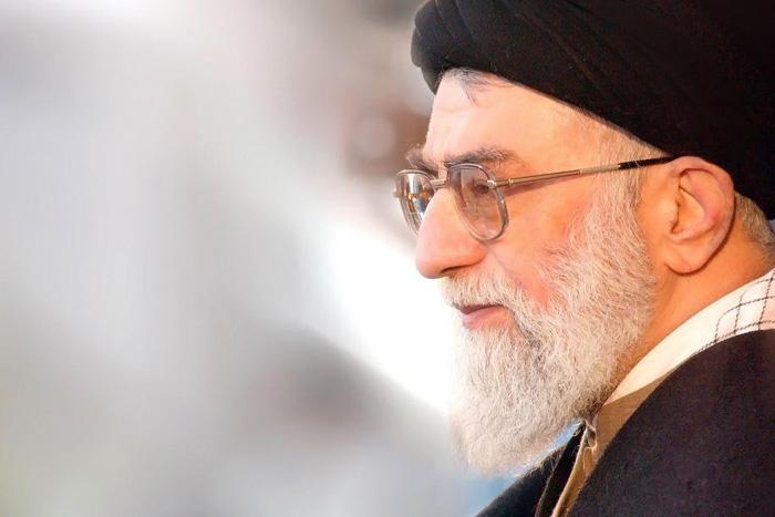 نظر رهبر معظم انقلاب و شهید مطهری درباره مولانا و مثنوی: اصول اصول اصول دین است