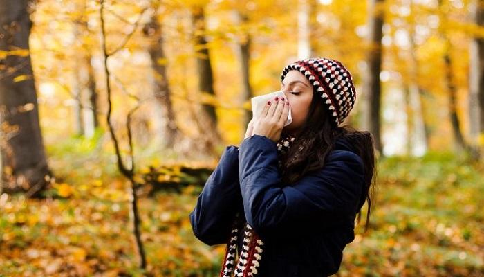 9 روش طبیعی برای درمان آلرژیهای پاییزی