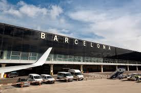اشغال فرودگاه بارسلون توسط جدایی طلبان کاتالونیا/ لغو 120 پرواز