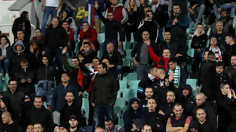 استعفای رئیس فدراسیون فوتبال بلغارستان به خاطر توهینهای نژادپرستانه تماشاگران