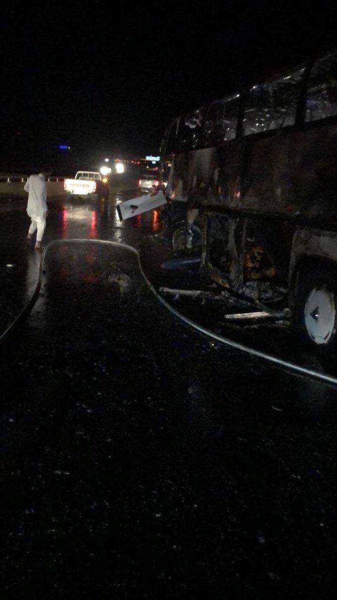 تصاف اتوبوس عمرهگذاران در مدینه/ 30 کشته و 5 زخمی (+عکس)