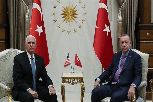 دیدار «مایک پنس» و «رجب طیب اردوغان» در آنکارا