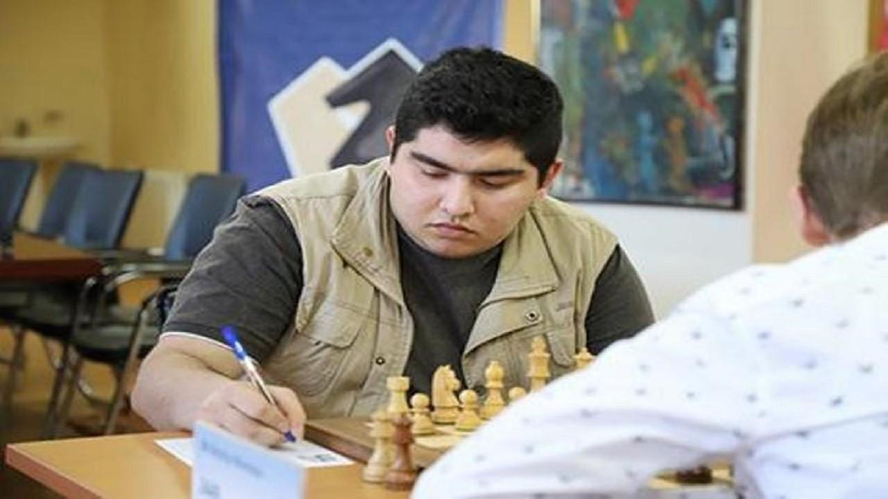 مقصودلو سوپراستاد بزرگ شطرنج روس را هم متوقف کرد