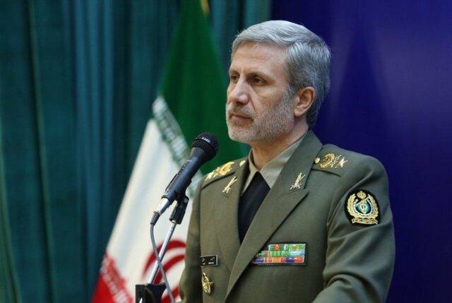 تقدیر وزیر دفاع از مقامات عراقی