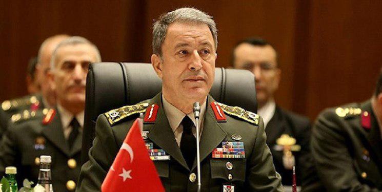 وزیر دفاع ترکیه: اگر تروریستها منطقه امن را ترک نکنند، عملیات خود را آغاز میکنیم