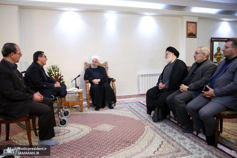 روحانی: راهی جز ایستادگی و مقاومت در برابر فشار و توطئه دشمنان نداریم