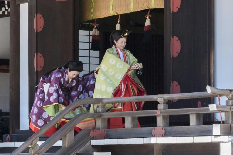 انتقاد از برگزاری مراسم تشریفاتی سلطنتی ژاپن (+عکس)