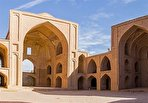 عجیبترین مسجد ایران را اینجا ببینید/ شهر مساجد و حسینههای تاریخی در دل کویر (فیلم)