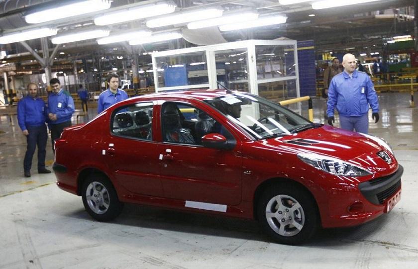 مدیر عامل ایران خودرو :صنعت خودرو فشل نیست/ برنامهریزی برای تولید پژو 207 صندوقدار