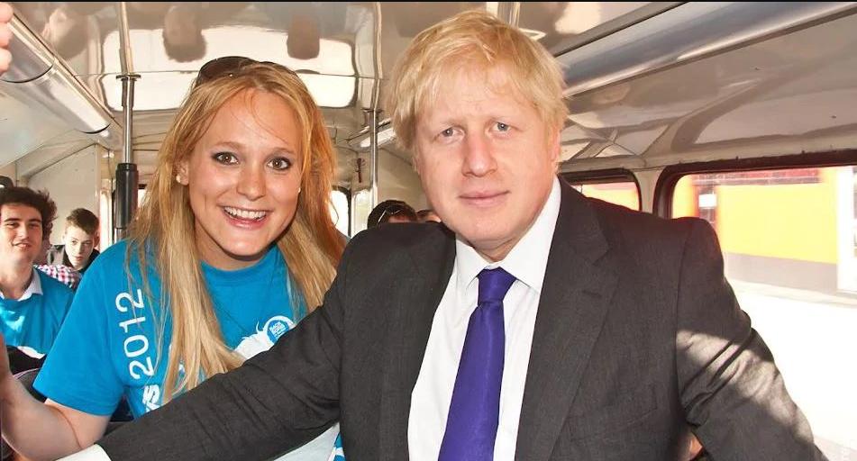 تحقیق در مورد ارتباط نخستوزیر بریتانیا با یک مدل سابق آمریکایی