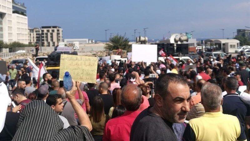 تظاهرات در اعتراض به مشکلات معیشتی در بیروت و بعلبک
