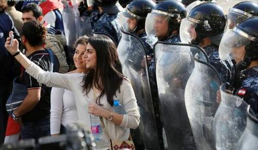 تظاهرات در لبنان و تعجب ما