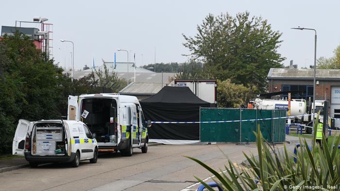 کشف ۳۹ جسد در یک کانتینر در جنوب بریتانیا