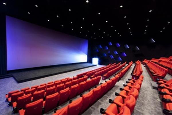 7 میلیارد تومان کاهش فروش سینماها در پاییز / گیشه چقدر فروخت؟