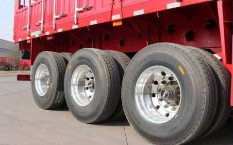 چرخ کامیون در رفت / عابر پیاده کشته شد