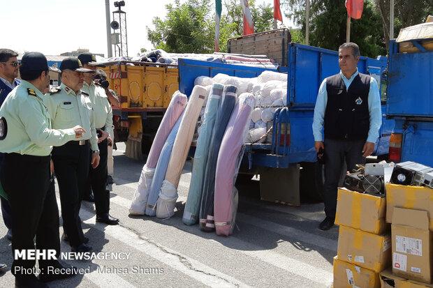 کشف ۷۵۰ میلیونی کالای قاچاق در خیابان خیام