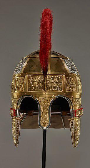 کشف خزانه جنگی پر از طلا در انگلستان (+عکس)