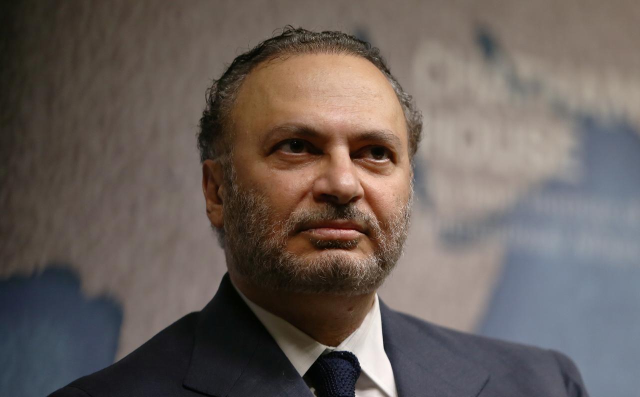 وزیر خارجه امارات: راهی برای معامله با ایران وجود دارد/ ایران به پای میز مذاکره بیاید