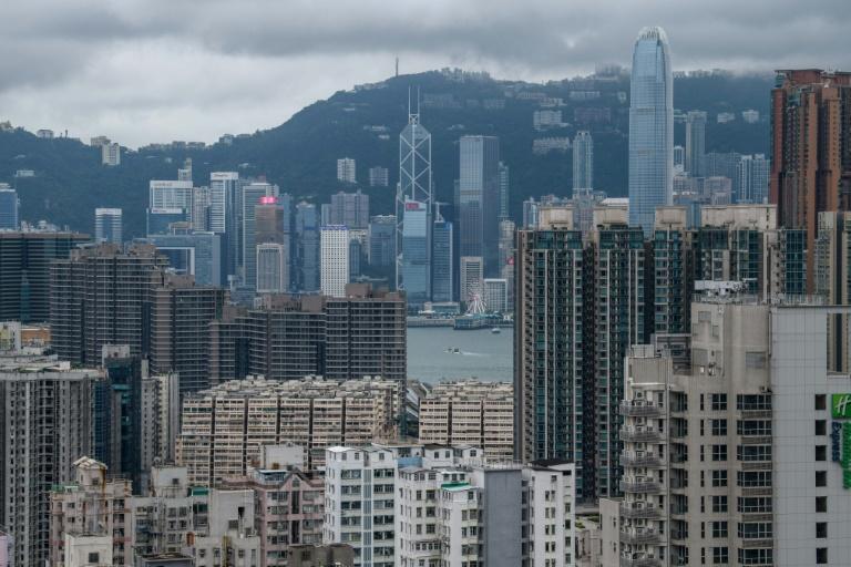 نگاهی بر اقتصاد ملک هنگکنگ/ جای پارک 1 میلیون دلار