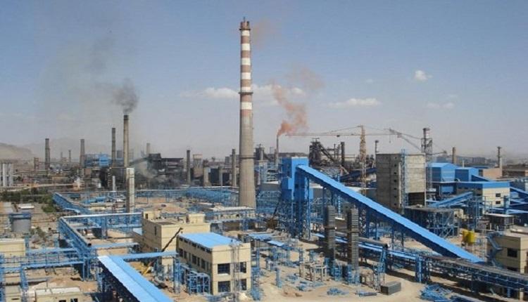 احداث کارخانه فولاد بافت، محرومیت را از چهره شهرستان زدوده است