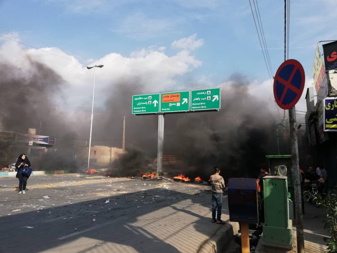 روایت خبرگزاری فارس از اعتراضات بنزینی شنبه