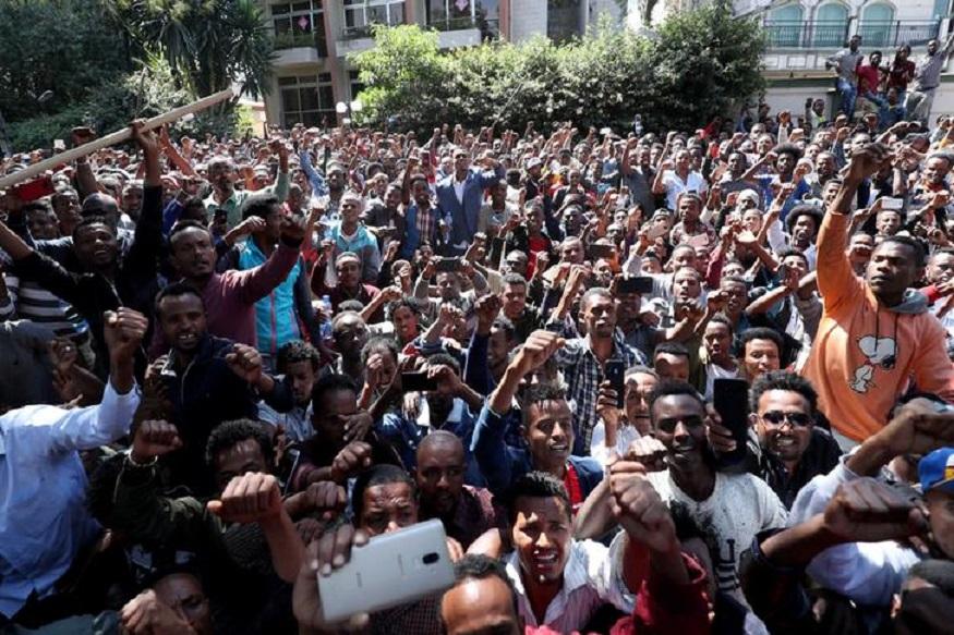 اتیوپی: تبدیل تظاهرات ضد دولتی به خشونت قومی(+عکس)/ 67 کشته