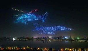 اجرای دیدنی 800 پهباد در نمایش هوایی چین (+عکس)