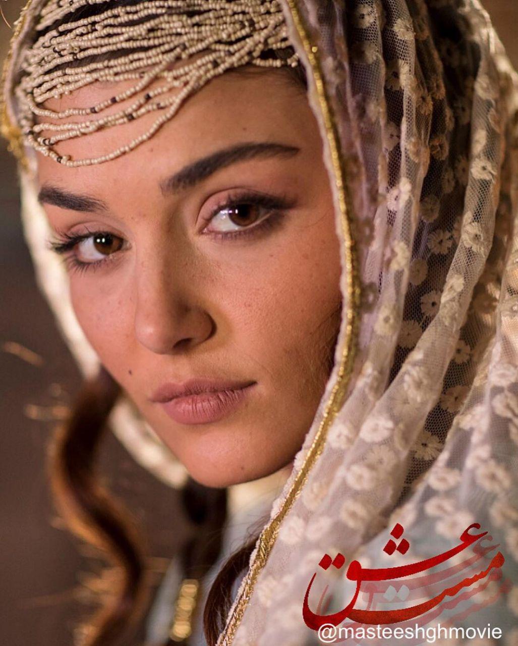 """انتشار اولین تصاویر «هانده ارچل» بازیگر فیلم """"مست عشق"""" حسن فتحی (عکس)"""