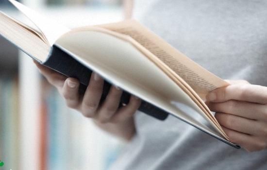 صدا و سیما دغدغهای برای کتابخوانی مردم ندارد