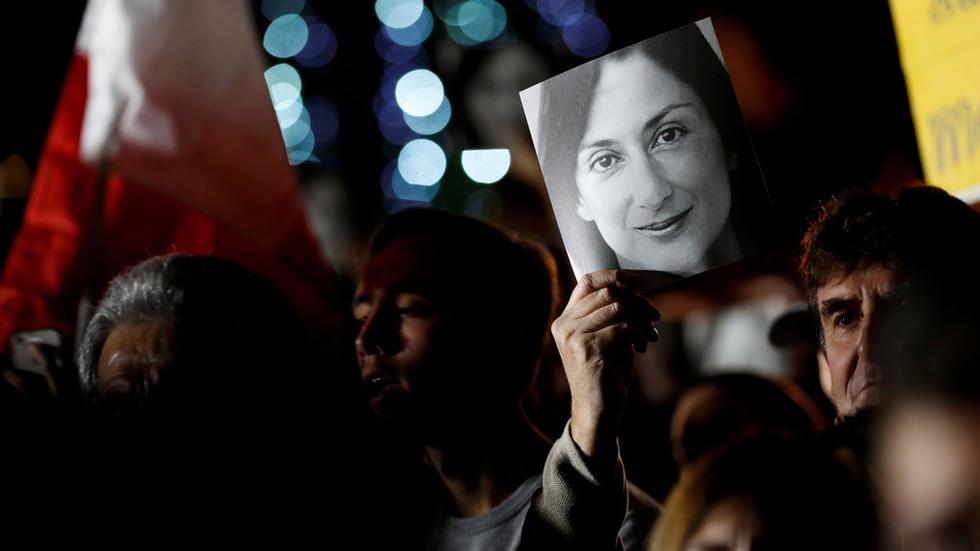 سقوط نخست وزیر به دنبال قتل یک خبرنگار