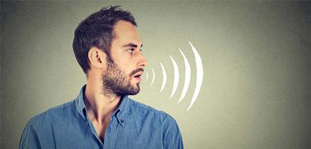صحبت کردن با تن صدای مناسب