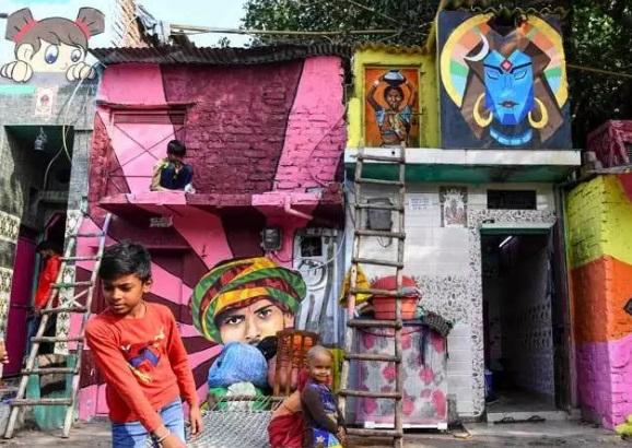زاغه رنگی هند (+عکس)