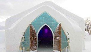 یکی از زیباترین هتل های یخی جهان (+عکس)