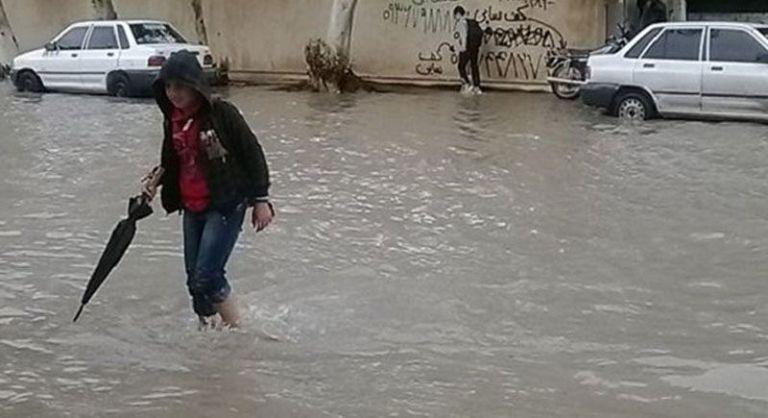 تعطیلی مدارس ابتدایی شهرستانهای گناوه و دیلم در بوشهر