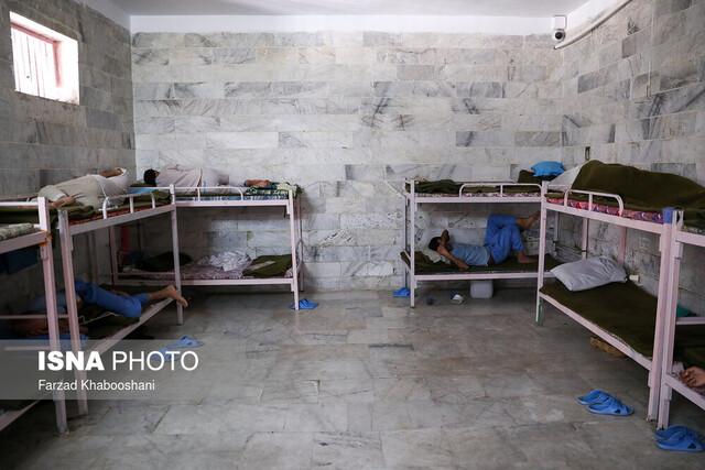 پذیرش ۳۴۰۰ معتاد در کمپهای اجباری ترک اعتیاد تهران