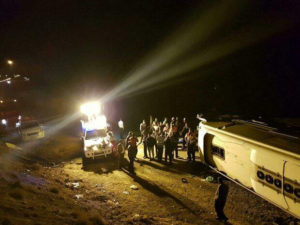 21 مصدوم در پی واژگونی اتوبوس در جاده مرند- تبریز