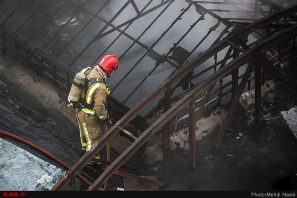 آتشسوزی گسترده در بازار بزرگ اروند خرمشهر