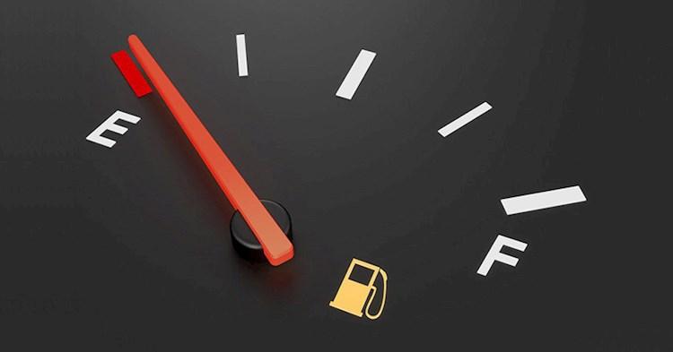 کم بودن میزان بنزین در باک خودرو چه خساراتی را به شما تحمیل می کند؟