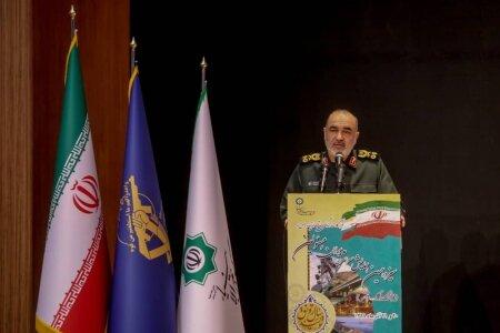 فرمانده سپاه: میخواهیم زبان عوامل نفوذ دشمن را پلمب کنیم